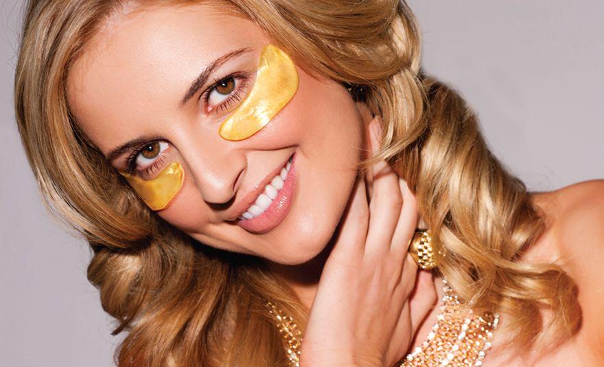 091bd0886638 Az arany mikrokristályok és a kollagén gyógyírt jelentenek az érett,  száraz, fáradt, fakó bőrre. A szem maszk aranytartalma segít visszaállítani  a bőr ...